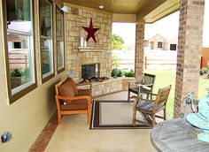 #wilshirehomes #newhomes #patio Love the star!!