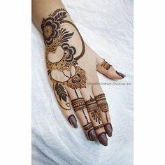 Best Arabic Mehndi Design For Wedding Season in 2019 - Mehandi Design Simple Mehndi Designs Fingers, Best Arabic Mehndi Designs, Floral Henna Designs, Henna Tattoo Designs Simple, Latest Bridal Mehndi Designs, Mehndi Designs Book, Modern Mehndi Designs, Mehndi Design Photos, Wedding Mehndi Designs