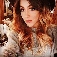 martina stoessel is a super star and she is beautiful! Violetta Live, Celebrity Singers, Fc B, Transgender Girls, John Travolta, Teen Actresses, She Was Beautiful, Portrait Inspiration, Paris Hilton