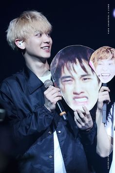 Chanyeol - 160219 Exoplanet #2 - The EXO'luXion in Chicago Credit: Cherubic.   I remember when they brought these out... My gosh.