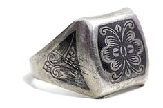 Russian Ring Soviet Union ussr Jewelry Silver Vintage engraving by Tezsahcom https://www.etsy.com/listing/285751141/russian-ring-soviet-union-ussr-jewelry?ref=rss
