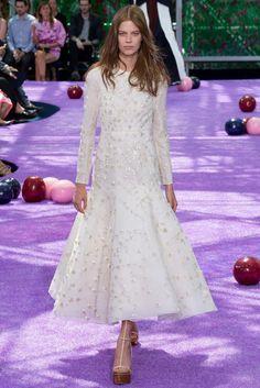 Christian Dior Fall 2015 Couture Fashion Show - Lexi Boling