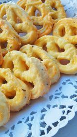 Shrimp chew with cheese Cooking Bread, Fun Cooking, Cooking Recipes, Sweets Recipes, Baby Food Recipes, Appetizer Recipes, Snacks Saludables, Croatian Recipes, Romanian Food