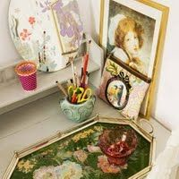 trays and picture