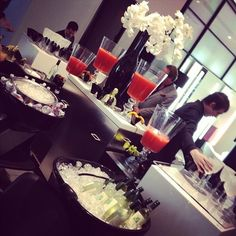 Use sinks at a salon for drink bins when having an event!