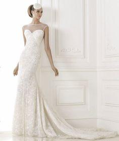 Lace Tulle Wedding Dress 2015 Fashion Pronovia Brandir #feenwedding #weddingdress