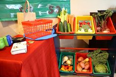 Vegetable Stand Pretend Play with real veggies! Play veggie stand and then have the kids help you cook with what they sold you or bought. Love this idea!