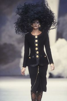 Linda Evangelista - CHANEL  Spring-Summer 1992, Couture