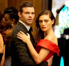 Daniel Gillies and Phoebe Tonkin in The Originals Vampire Diaries Cast, Vampire Diaries The Originals, Phoebe Tonkin The Originals, Elijah The Originals, Hayley And Elijah, The Orignals, Kol And Davina, Cw Series, Original Vampire