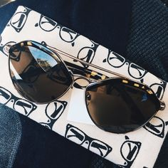 Brow Bar Sunnies Super stylish brow bar sunglasses with metal frames and tortoise accents. Lens are light tint and has a cool shape! Must have for this season! [Only one left in stock] Accessories Sunglasses