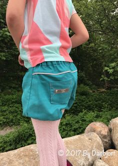 By Dagbjørt:  The Imari Pleated Shorts, bubble version