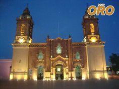 LAS MEJORES RUTAS DE AUTOBUSES. Déjese cautivar por los hermosos paisajes de Huajuapan en el estado de Oaxaca, que le ofrece las mejores rutas en ecoturismo, viva esta experiencia natural, Autobuses Oro le conecta con este enigmático lugar, en uno de los estados más bellos del país. Le invitamos a consultar nuestros horarios a través de nuestra página web. www.autobusesoro.com   #autobusesparahuajuapan