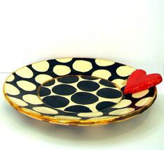'Polkadot Heart Plate' Mary Rose Young