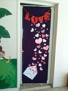 San valent n puertas puertas de escuela decoraci n for Puertas decoradas para 14 de febrero