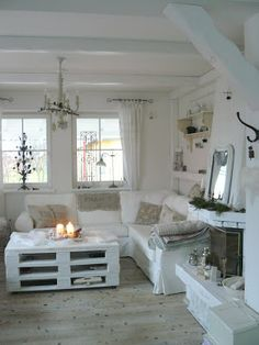 modern shabby chic living room ideas - moderne shabby chic wohnzimmer ideen - home decoration - haus dekoration Modern Shabby Chic, Shabby Chic Living Room, Shabby Chic Interiors, Living Room White, Shabby Chic Bedrooms, Shabby Chic Homes, Shabby Chic Furniture, Cottage Living, Living Rooms