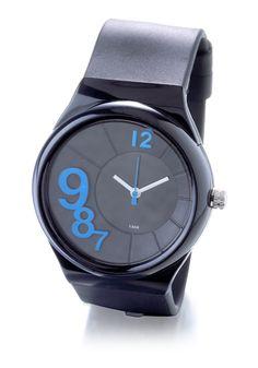 b77a1c58bb Montre femme fond noir 5atm #montres #montre #watch #bijoux #jeandelatour #