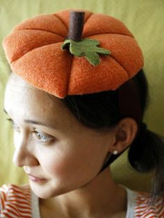 #Halloween Pumpkin Mini Hat (http://blog.hgtv.com/design/2013/10/28/daily-delight-pumpkin-mini-hat/?soc=pinterest)