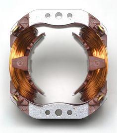 statore_universale_avvolto_rame_2 -   - http://www.progettazione-motori-elettrici.com/immagini/statore_universale_avvolto_rame_2/