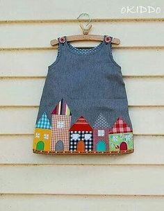 Vestido casitas Popular Pins, Toddler Girls, Appliques, Girl Fashion, Girls Dresses, Bags, Fusion Extensions, Ladies Fashion, Baby Girls