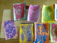 Deze kunstwerken hebben leerlingen van het 3de leerjaar gemaakt. Deze drukwerken zijn gemaakt in het thema 'zintuigen'. Ze zijn gemaakt met een druktechniek.