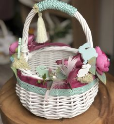 Handmade Decorations, Halloween Decorations, Christmas Decorations, Easter Baskets, Gift Baskets, Flower Girl Basket, Basket Decoration, Easter Wreaths, Easter Crafts