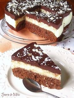 Coconut and chocolate brownie cake Romanian Desserts, Romanian Food, Chocolate Brownie Cake, Chocolate Desserts, Different Cakes, Something Sweet, Desert Recipes, Yummy Cakes, Cookie Recipes
