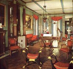 Directoire furniture interior