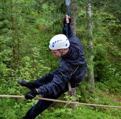Vapaana kuin lintu metsänpohjan yllä.  Free as a bird above the forest!  #treetopadventure #seikkailupuistohuippu