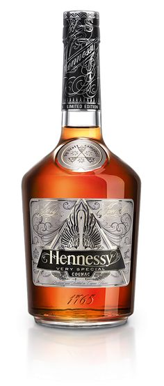 Hennessy welcomes Ryan McGinness as the designer of the new Hennessy V.S Limited Edition bottle. His take on the iconic Hennessy V.S label has distinctive features that illuminate under black-light.