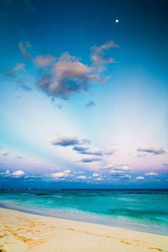 Caribbean beautiful beach colors...!! wow!!!
