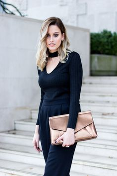All black outfit. All Black Outfit, Ootd, Street Style, Chic, Outfits, Fashion, Shabby Chic, Moda, Suits