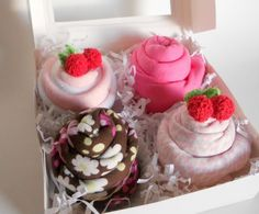 Adorable baby cupcake gift set with burp cloths and wash cloths!