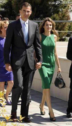 Cute Dresses, Beautiful Dresses, Dresses For Work, Summer Dresses, Princess Letizia, Queen Letizia, Style Royal, Queen Outfit, Princess Style