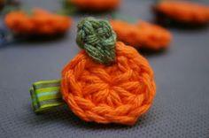 free crochet pattern pumpkin applique  ☀CQ #crochet #halloween #pumpkin #jackolantern #crafts #DIY óÓò