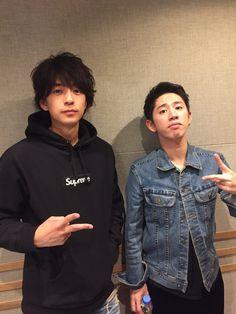 taka is so short omg Takahiro Moriuchi, Boys Republic, Androgynous Look, One Ok Rock, Pop Rocks, Rock Bands, My Idol, Graphic Sweatshirt, Actors