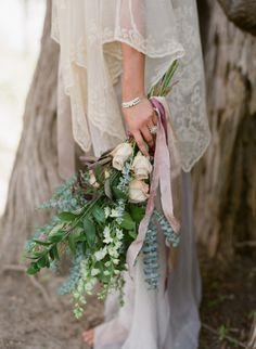 Grey Maiden wedding inspiration ~ Laura Catherine Photography via Wedding Sparrow
