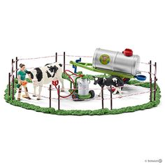 Schleich North America Cow Family On The Pasture Toy Figu Schleich Horses Stable, Horse Stables, Breeds Of Cows, Milk The Cow, Western Pleasure Horses, Farm Toys, Mini Farm, Christmas Toys, Farm Life
