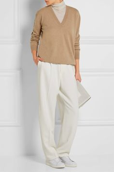Beige cashmere Slips on 100% cashmere Dry clean Designer color: Chino Melange Made in Italy