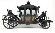 """Imperial court mourning gala hearse, so called: """"Trauerhuldigungswagen"""", 1735. -KHMÖ"""