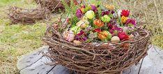Florist ideas for Easter- Floristikideen zum Osterfest easternest - Spring Flower Arrangements, Beautiful Flower Arrangements, Spring Flowers, Floral Arrangements, Beautiful Flowers, Grave Decorations, Flower Decorations, Deco Floral, Easter Crafts