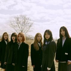 Girl group girlfriend is making a comeback with new album. Girl group girlfriend is making a comeback with new album. Her girlfriend released her mini-album 'LA:LABYRINTH' on the an.