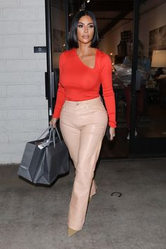 Kim Kardashian in a Red Blouse Was Seen Out in Agoura Hills – Celeb. - Kim Kardashian in a Red Blouse Was Seen Out in Agoura Hills – Celebrity Wiki -> oncele - Kim Kardashian Blazer, Kim Kardashian Bikini, Kim Kardashian Before, Looks Kim Kardashian, Kim Kardashian Wedding, Estilo Kardashian, Kardashian Style, Kim Kardashian Yeezy, Kardashian Kollection
