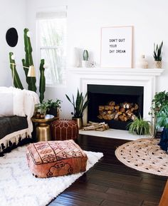 boho living room with plants and adorable pouf. Cozy boho living room with plants and adorable pouf. Boho Chic Living Room, Boho Room, Cozy Living, Indie Living Room, Purple Bohemian Bedroom, Living Room Decor Unique, Bohemian Headboard, Moroccan Decor Living Room, Boho Chic Bedroom
