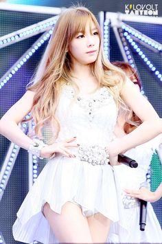 140815 Taeyeon at #SMTOWNSEOUL by KILOVOLTTY