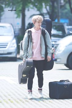 #데이식스 #day6 #제이 #jae @Jae_Day6 Park Jae Hyung, Jae Day6, Winter Jackets, Celebrities, Boys, Jaehyun, Otaku, Scary, Happiness