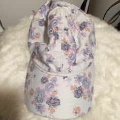 AE Floral Cap American Eagle Outfitters floral cap with an eagle logo on the back. Very cute for the spring and summer! Brand new without tag! No trades, no offers  American Eagle Outfitters Accessories Hats