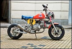From Hadrien in Paris. I am a reader of your magazine and would to present you my lasest creation. A full prepared monkey. Honda Bikes, Honda Motorcycles, Pit Bike, Bike Run, Honda Dax, Motorcycle Icon, Touring Motorcycles, Japanese Motorcycle, Remote Control Cars