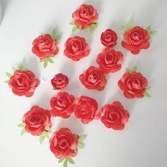 #papierblumen #paperflowers #flower #floral #paperroses #rose #scrapbooking #handmadewithlove #embellishments #paperembellishments #embellies #cardcandy #handmadeembellishments #diy  #mitliebehandgemacht #paper #papier #papercrafting #n8eulchen #kreativesvomn8eulchen #kreativ #Kunsthandwerk