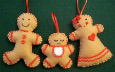 Ginger Family Christmas Ornaments ★ Tutorial ★ So Cute! (scroll down. Christmas Gingerbread Men, Family Christmas Ornaments, Gingerbread Ornaments, Christmas Love, Christmas Projects, Handmade Christmas, Holiday Crafts, Christmas Decorations, Tree Decorations