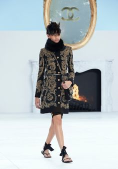 F/W 14/15 Chanel           flip flops are now haute couture, just add ribbon for the season.